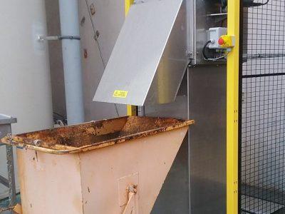 dégrilleur vertical installé dans un canal bêton